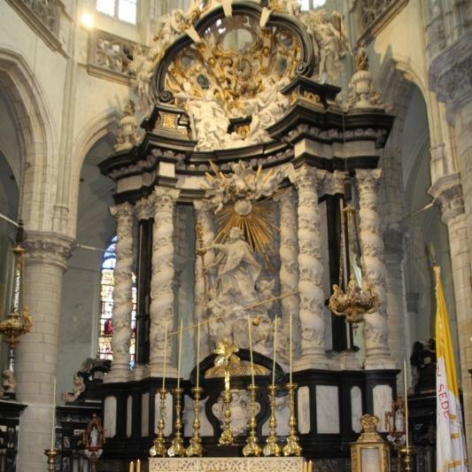 171021-01 Antwerpen Sint-Jacobskerk Hoogkoor altaar