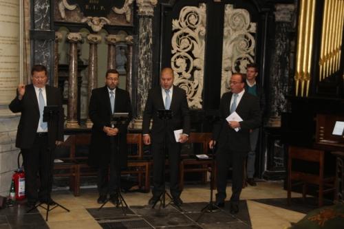 171021-03 Voces Capituli uit Antwerpen olv Dirk Maes met organist Peter Strauven
