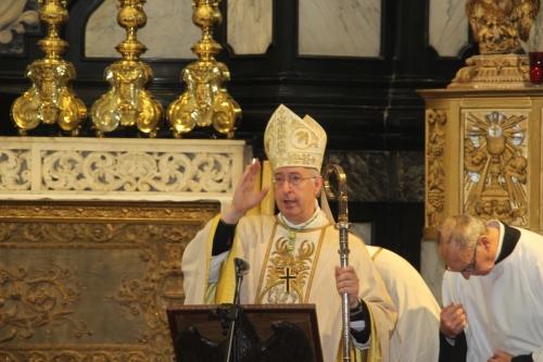 171021-31 Nogmaals Bisschoppelijke zegen