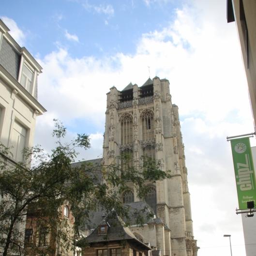 171021-57 Sint-Jacobskerktoren vanuit de Prinsessstraat