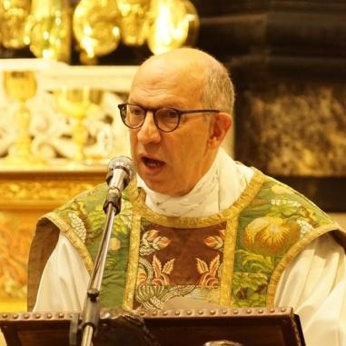 12 verwelkomingswoord priester Pierre François